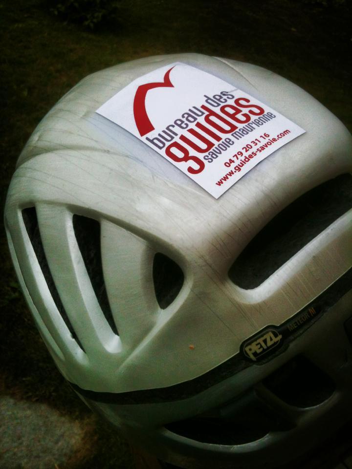 casque avec logo
