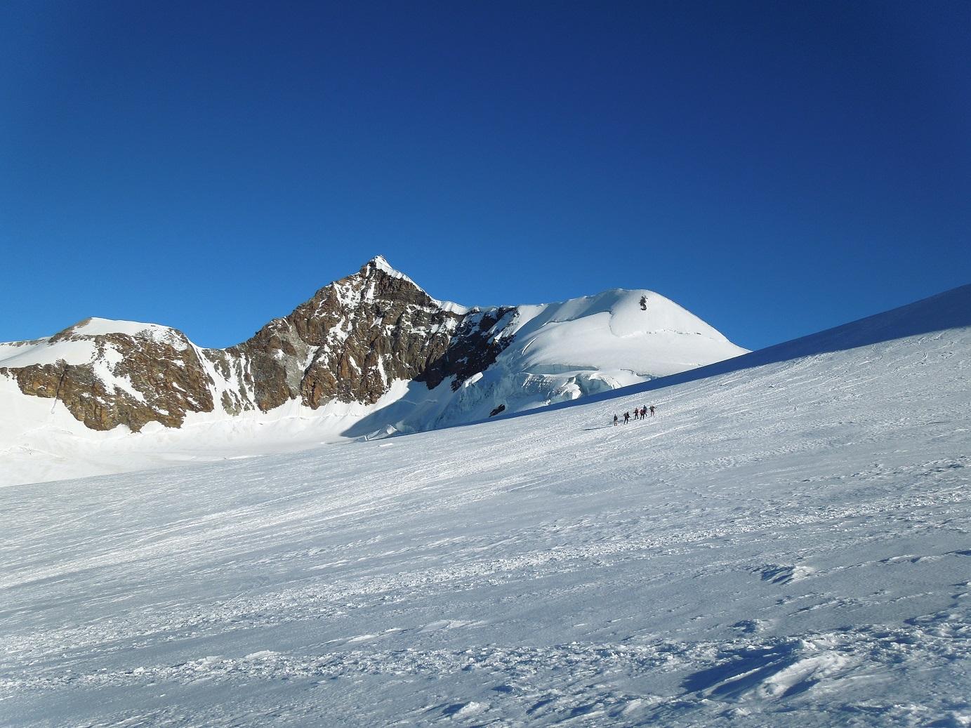 Montée au col du Lys, 4255m